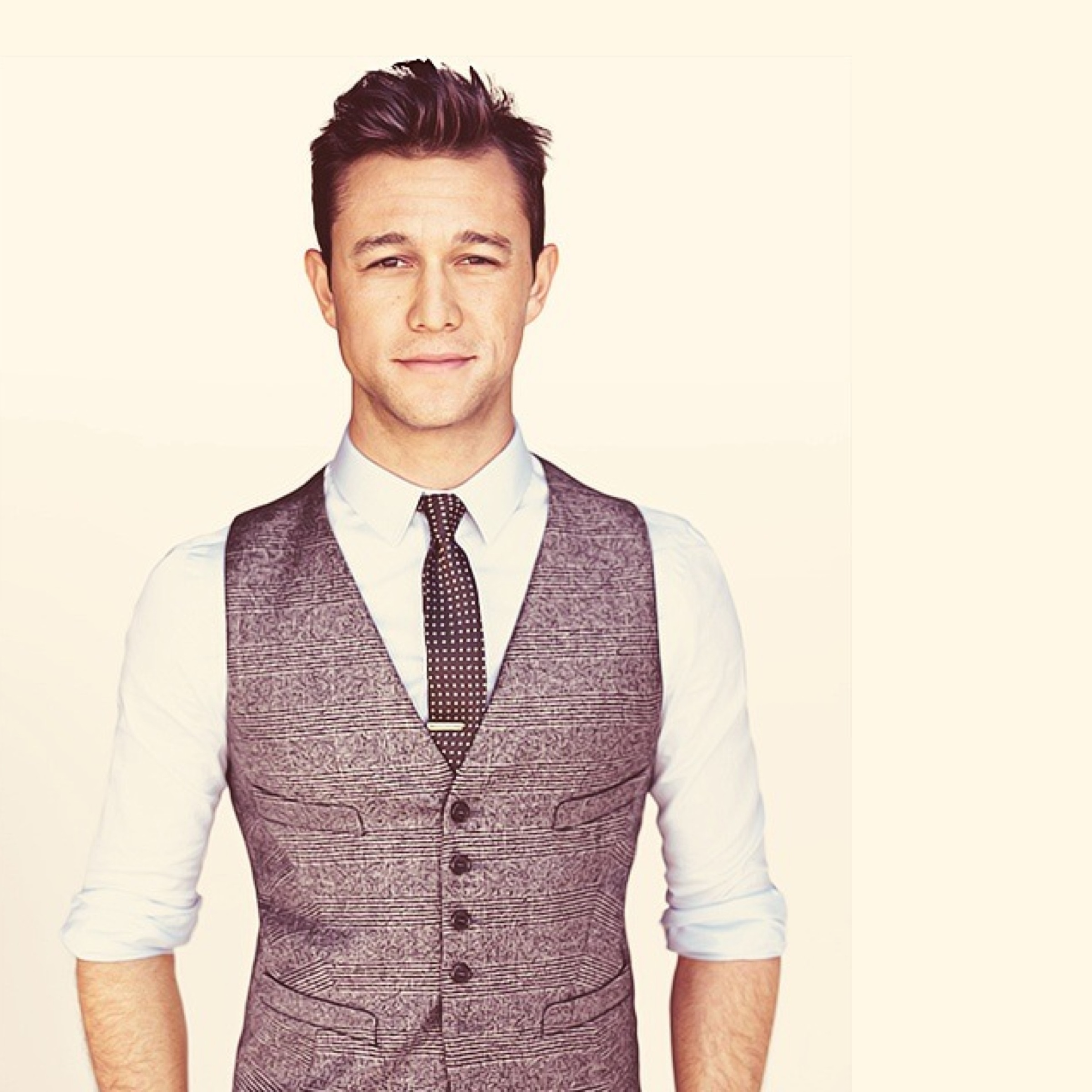 #4 (157 likes) :: Joseph Gordon-Levitt :: GQ July 2012