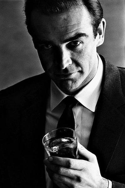 the_man_has_style_sean_connery_drink