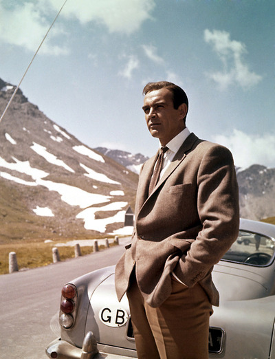the_man_has_style_sean_connery_james_bond_aston_martin
