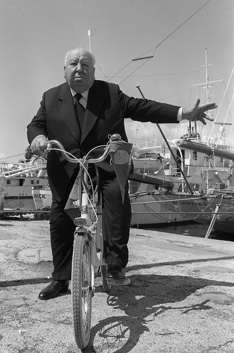 the_man_has_style_alfred_hitchcock_bicycle